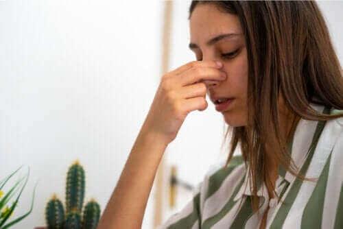 Perforation av nässkiljeväggen: Orsaker och behandling