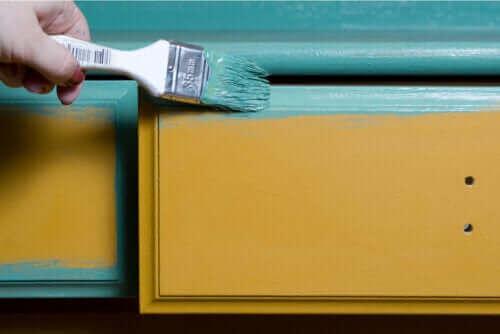 Tips om hur du målar trämöbler på ett proffsigt sätt