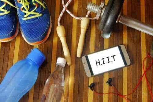 HIIT för nybörjare: Rekommenderade övningar och tips