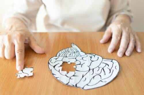 Ett pussel format som en hjärna