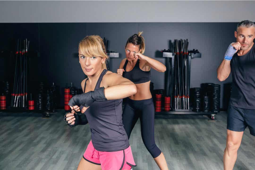Den som vill träna fitboxning får lära sig olika slagtekniker