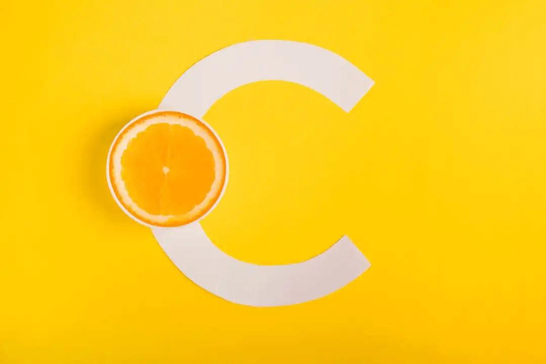 c som i c-vitamin och apelsin