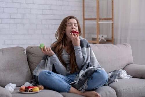 Jag kan inte sluta äta: Orsaker och vad du kan göra